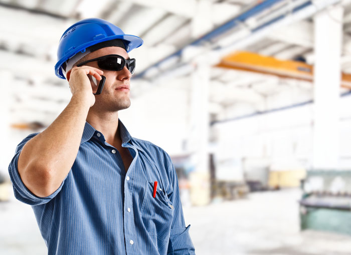 Mobile CRM is Revolutionizing Field Services - Featured Image